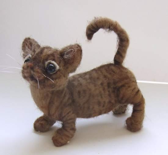 Lil\' Bit a Munchkin Kitte By Mikki Klug - Bear Pile