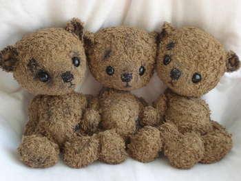 Mon\'Ours By Sylvie Touzard - Bear Pile